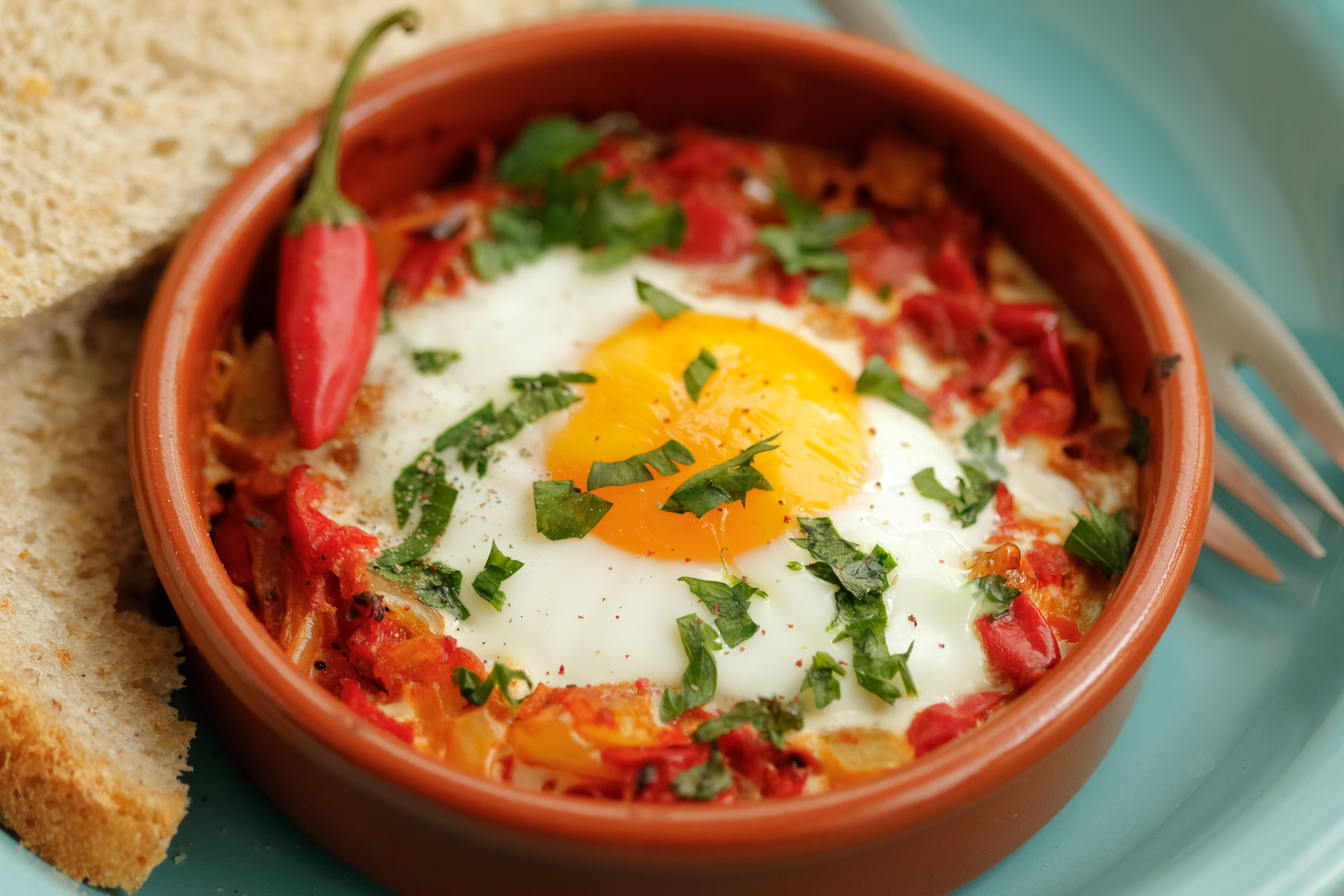 shakshouka the comfort food from the middle east and north africa delicious food wine. Black Bedroom Furniture Sets. Home Design Ideas